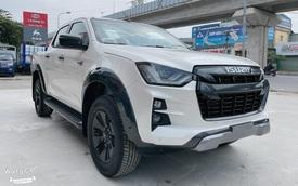 Isuzu D-Max chính thức cập bến đại lý, giá hơn 800 triệu đồng nhưng vẫn thua công nghệ Ford Ranger