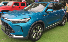 """Nhiều mẫu xe """"gây sốt"""", ô tô Trung Quốc nhập về Việt Nam tăng phi mã 480%"""
