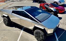 Nóng mắt với Ford F-150 Lightning, Tesla đưa Cybertruck trở lại dưới ánh đèn sân khấu