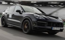 Porsche Cayenne Turbo S Coupe nhá hàng: Thêm lựa chọn cho đại gia Việt 'chán' Lamborghini Urus