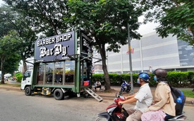 """Người chi tiền tỷ độ xe đi cắt tóc miễn phí khắp Việt Nam: """"Tôi không bao giờ cầm tiền người khác làm từ thiện"""""""