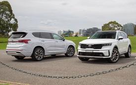 Mua Kia Sorento hay Hyundai Santa Fe: SUV 7 chỗ 'hot' gây 'lúng túng' cho người Việt