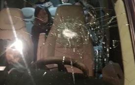 Nguy hiểm tình trạng ném đá vào xe ô tô trên cao tốc