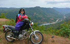 Thương con trai bị áp lực học tập, mẹ rủ con đi phượt khắp Việt Nam