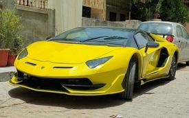 Thợ Ấn lột xác 'xe cỏ' Honda Civic đời cũ thành siêu xe hàng hiếm Lamborghini Aventador SVJ