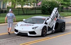 Dân chơi Tyler Ngo mang Lamborghini Aventador tham dự Summer Rally, hé lộ quá trình vận chuyển cùng lúc hàng chục siêu xe của các đại gia gốc Việt