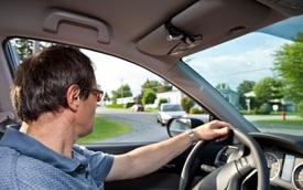 Phương pháp mới để lái xe trong phố an toàn: Không rẽ trái!