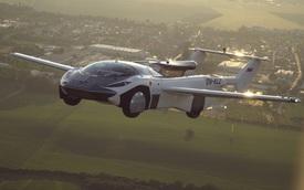 Xem xe bay chạy động cơ BMW mất 3 phút để biến hình từ máy bay sang ô tô