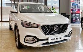 Chủ xe MG HS 2.0 trải lòng: 'Mua xe mới mà đắng nghẹn, giá gần tỷ giờ bán lại chắc người ta trả 700 triệu đồng'