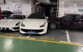 'Cay' chồng, vợ lấy BMW 3-Series đâm nát sườn hai siêu xe Ferrari và Porsche vừa hiếm vừa đắt