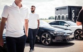 Dàn sao Bayern Munich được tặng cả dàn xe Audi bạc tỷ lần thứ 18