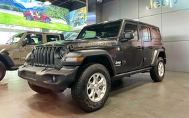 Jeep Wrangler thêm nhiều bản mới tại Việt Nam, Gladiator tăng giá hơn nửa tỷ đồng