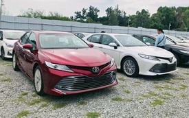 Toyota Camry và Corolla Altis giảm giá mạnh tại đại lý: Giảm nhiều nhất 70 triệu đồng, đón mẫu mới sắp ra mắt