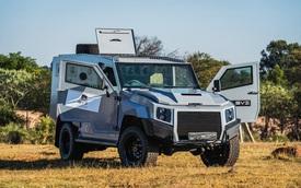 Toyota Land Cruiser 2022 phiên bản điên rồ nhất thế giới: Thay toàn bộ vỏ, chống đạn súng trường, nâng cấp tốn tương đương 1,4 tỷ đồng