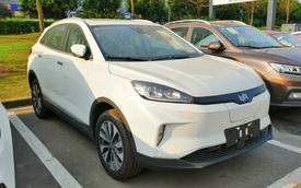 Hai mẫu SUV Trung Quốc mới sắp về Việt Nam: Cùng phân khúc Honda CR-V, có cả xe điện với công nghệ tự lái đấu VF e34