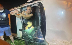Hà Nội: Xe con gây tai nạn khiến 1 người bị thương nặng rồi kéo lê xe máy tóe lửa trên đường bỏ chạy, hàng chục người truy đuổi như phim