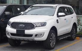 Ford Everest 2021 giảm kỷ lục 110 triệu đồng tại đại lý - Quyết đấu Toyota Fortuner và Hyundai Santa Fe