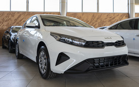 Kia Cerato 2022 nhận cọc tại đại lý, sắp ra mắt tháng 10: Ngoài thiết kế mới có thể còn màn hình to và phanh tay điện tử