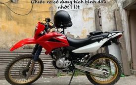 Thử mua bình dầu 1 lít cho xe máy về đong lại xem có đúng 1 lít, phát hiện lý do phần lớn xe máy đều đang đổ thừa dầu