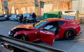 """Anh thợ rửa xe lỡ chân ga làm vỡ nát """"chiến mã"""" Ferrari của sao bóng đá nhưng vẫn nhận cái kết đầy may mắn"""
