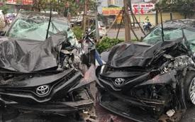 Camry lộn nhào, đâm liên tiếp 4 ô tô giữa phố Hà Nội vào chiều mùng 5 Tết