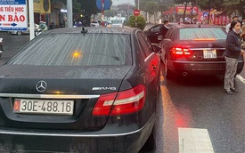"""2 xe Mercedes trùng biển số """"chạm mặt"""" nhau ở Hà Nội: Đã tìm thấy chủ nhân dùng biển thật"""