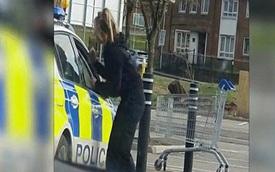Anh: Cảnh sát bị bắt gặp hôn nhau gần nửa tiếng trong xe và cái kết