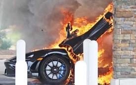 Đổ xăng bất cẩn McLaren 765LT hàng hiếm cháy thành đống tro tàn