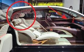 Ô tô Trung Quốc lắp hẳn đèn chùm như khách sạn 5 sao, quyết vượt mặt Rolls-Royce có 'bầu trời sao'