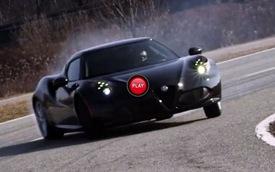 Alfa Romeo 4C thể hiện năng lực trên đường đua