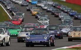 Lễ sinh nhật kỷ lục của Porsche 911
