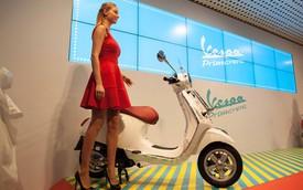 """""""Ảnh sống"""" của Vespa Primavera từ Milan"""