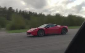 Video: Mercedes SLS AMG và Ferrari 458 Italia, Đức-Ý tranh hùng