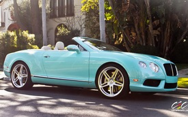 Rao bán siêu xe Bentley Continental GTC màu xanh ngọc bản đặc biệt