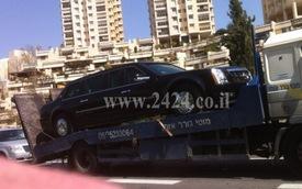 """Limousine của Tống thổng Obama """"tàn phế"""""""