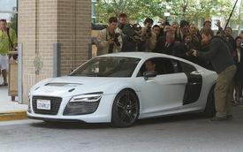 Audi khoe siêu xe R8 e-Tron trong phim Iron Man 3
