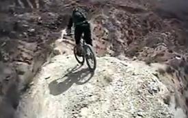 Video: Khi cận kề nguy hiểm là thú vui
