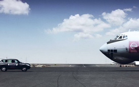 Nissan Patrol kéo máy bay nặng 170,9 tấn