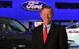 Microsoft lôi kéo sếp lớn của Ford