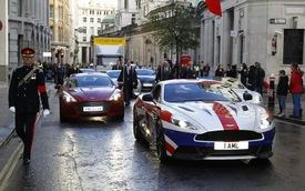 Aston Martin Vanquish biến thành Quốc kỳ di động tuyệt đẹp