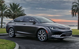 Chrysler 200 2015 lộ diện trước thêm Detroit Auto Show