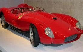 Xế cổ Ferrari 250 Testa Rossa được bán với giá 40 triệu USD