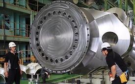 Động cơ diesel mạnh mẽ nhất thế giới được làm ra như thế nào?