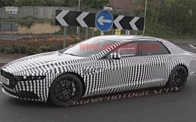 Siêu sedan của Aston Martin xuất đầu lộ diện