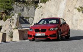 BMW M235i Coupe tăng tốc tốt hơn nhờ hệ truyền động xDrive