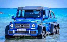 Mercedes-Benz G63 AMG 6x6 tắm ở Biển Đỏ