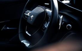Vô-lăng D-cut: Điểm nhấn thiết kế riêng biệt của Peugeot