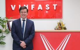 'Tướng' VinFast Úc: 'Tôi có thể lái máy bay trong xưởng dập vì nó quá rộng và hiện đại'