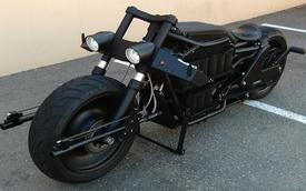 Tự chế môtô Người Dơi từ Harley-Davidson V-Rod