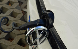 Volkswagen Golf hybrid sẽ có mặt trên thị trường trong năm sau